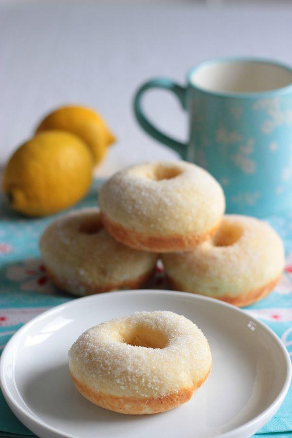 Faux donuts (beignets) cuits au four et sans friture (ultra light^^) ultra moelleux :)