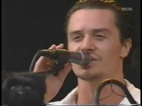 Mr. Bungle - Pink Cigarette (Live @ Bizarre Fest 2000) [Higher Quality]
