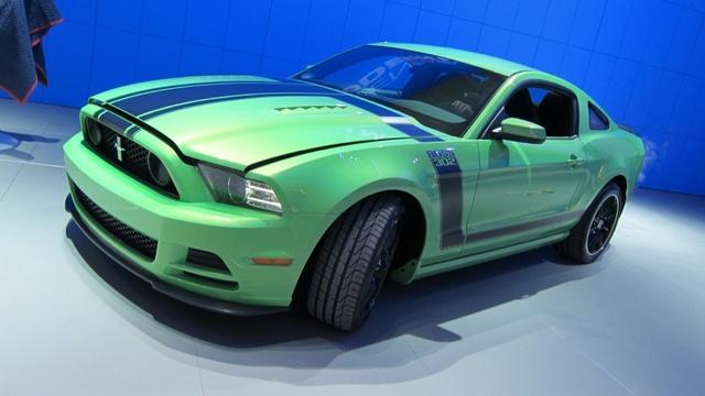 2013 Boss 302 Mustang: Gotta Have It Green First Photos