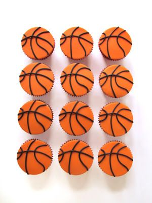 gluttony of flavors - Basketball cupcakes
