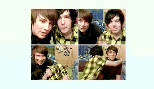 2009 Dan and Phil look at them FETUSES I tell ya adorable❤️❤️❤️❤️