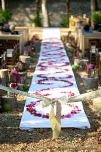 outdoor wedding isle decorations