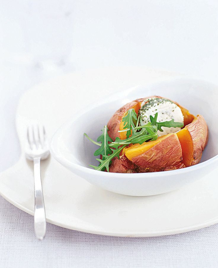 how to cook a jacket sweet potato in the microwave