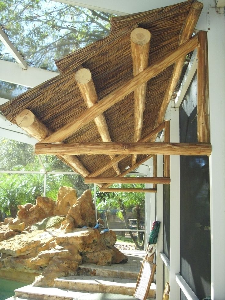 Best 10 Tiki Hut Ideas On Pinterest Tropical Bar Tables
