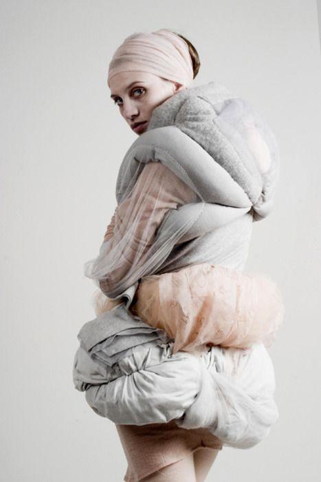 : Fashion Textiles, Sculpture Fashion, 3D Sculpture, Body Trapping, Anna Zwick, Annazwick 1, Body Sculpture, Soft Pastel, Zwick Body