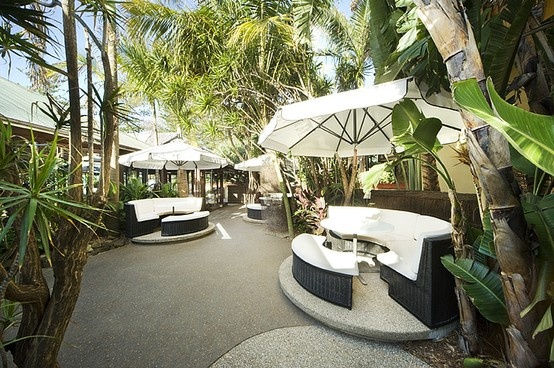Outdoor shaded seating