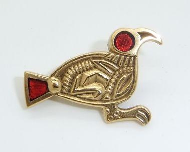 Anglo saxon Finglesham gold and garnet Bird brooch