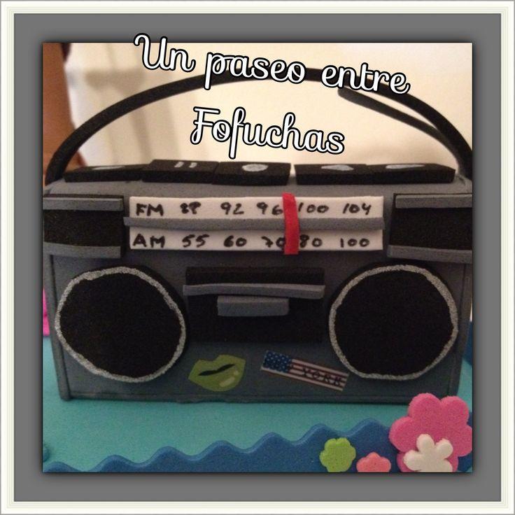Radio Cassette En Goma Eva Como Accesorio Para Fofuchas