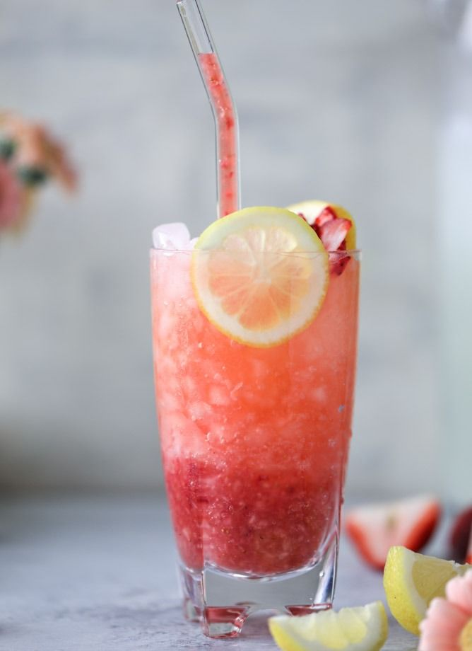 Strawberry Gin Lemonades @howsweeteats