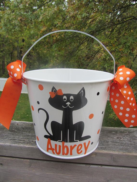 Halloween bucket: Personalized Halloween bucket pail - black cat - trick or treat