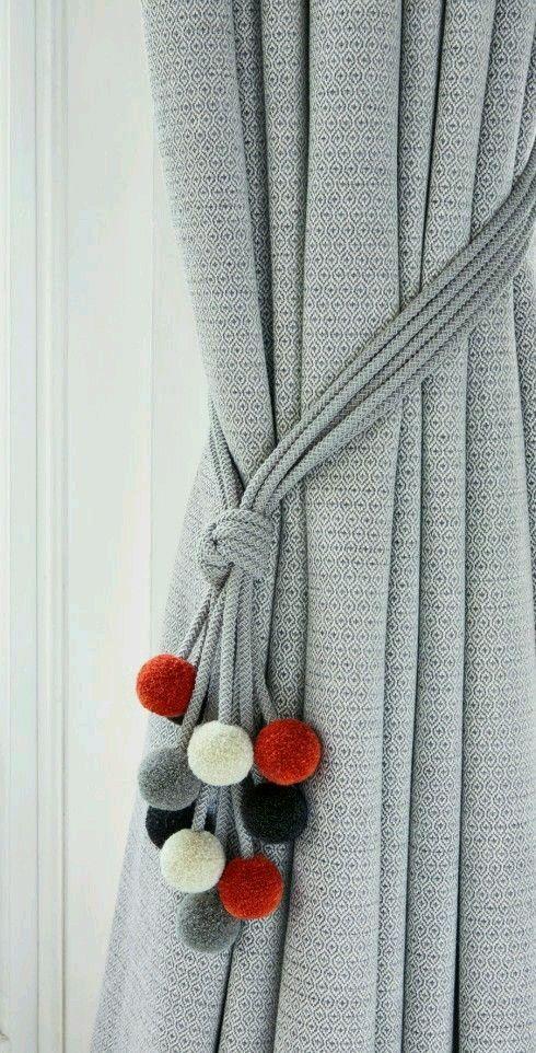 Curtains-Rideaux