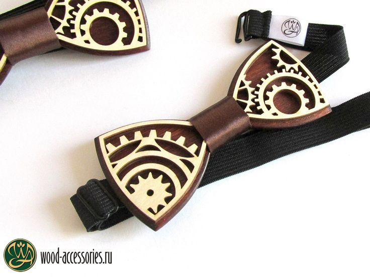 Elegance, restraint and mechanics - so we can characterize the style of Stimpunk, which is based on an alternative way of technological development of the Victorian era. And this bow tie will be a wonderful addition to the image of not only lovers of this style, but also just for those who are not indifferent to the mechanisms⚙You can find it on WoodenAccessoriesRU.etsy.com Элегантность, сдержанность и механика - так можно охарактеризовать стиль Стим-панка, в основе которого лежит альтер...