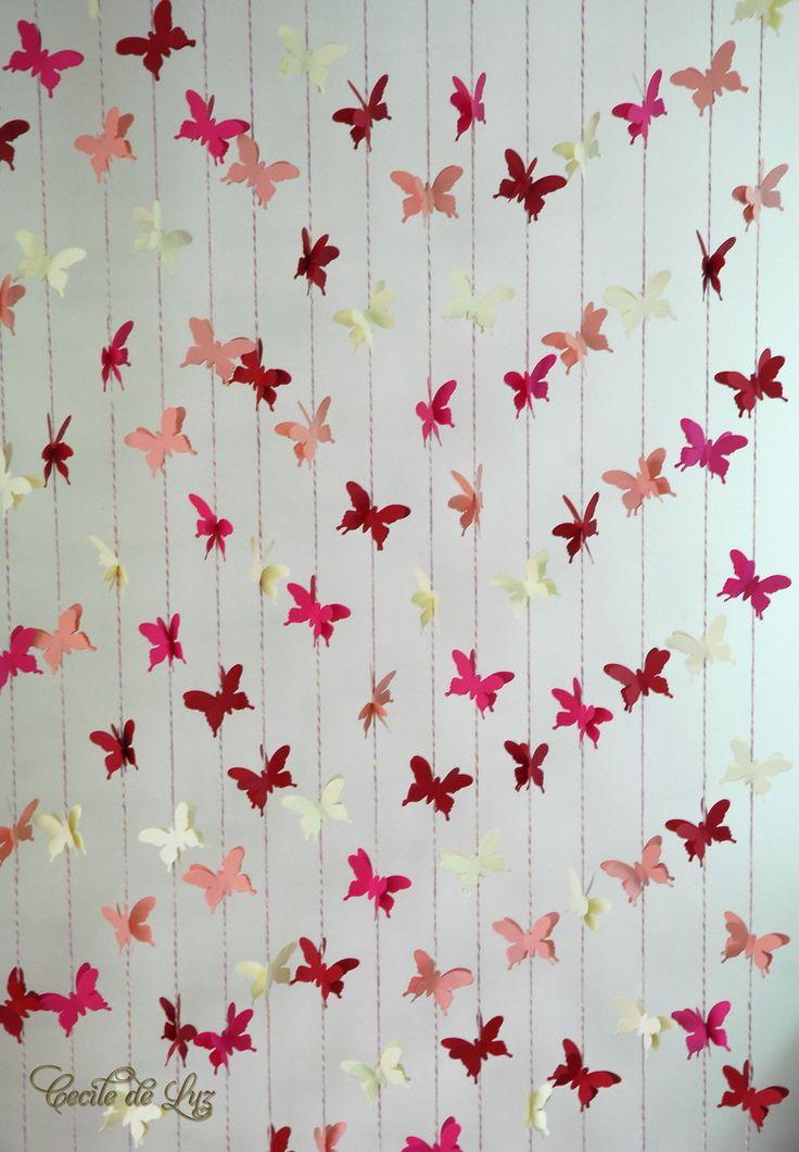 Cortina com 15 fios de borboletas duplas, em 3 tons de rosa e bege.  Fios com 1.20 m  e 1,00m