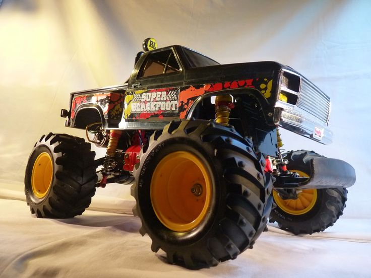 Static Review Super blackfoot Tamiya 58110