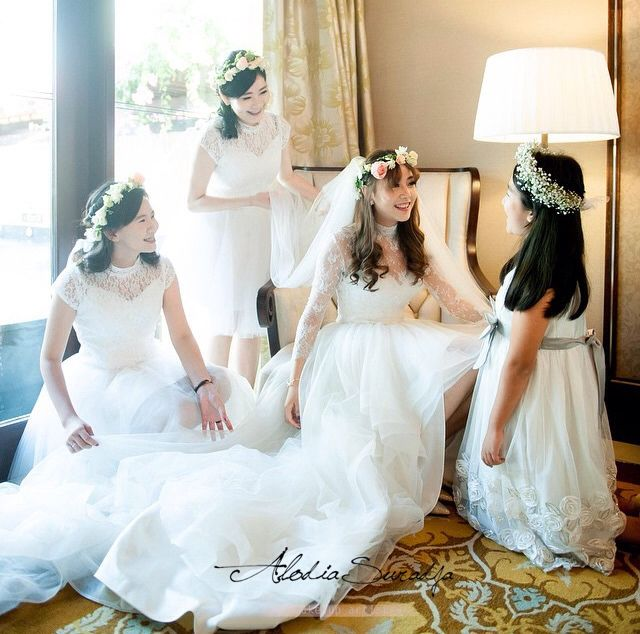 Makeup by: @alodiasuradja  Venue: St. Regis Bali Whatsapp: +6281703000138 Email: alodia_chandra@hotmail.com  #mua #makeup #muabali #makeupbali #makeupjunkie #makeupwedding #makeupartistbali #balimua #balinow #balibride #balimakeup #baliwedding #the_bali_wedding #thebridedept #thebridebestfriend #thebridestory
