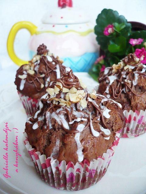 Gabriella kalandjai a konyhában :): Mogyorókrémes kakaós muffin