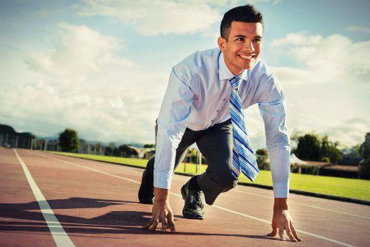 Candidato en campaña electoral: como un atleta de alta competencia. Un candidato debe ser como un atleta preparándose para la alta competencia. Su vida, sus horarios, sus hábitos…todo debe alinearse en la misma dirección. Hay que ordenar la vida para dar lo máximo en la campaña electoral. Si un atleta lo puede hacer, ¿por qué no un candidato? - See more at: http://blog.marketingpoliticoenlared.com/2015/07/08/candidato-en-campana-electoral-como-un-atleta-de-alta-competencia/#more-12106
