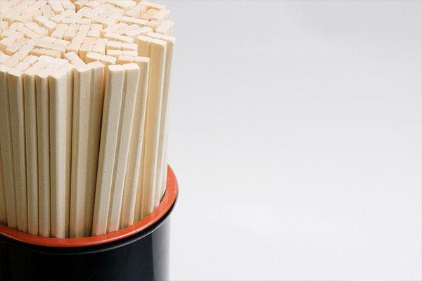 Top 10 Benefits of Using a Chopstick. #chopsticks #tableware #restaurants #asian http://www.pandabambu.com/top-10-benefits-using-chopstick/