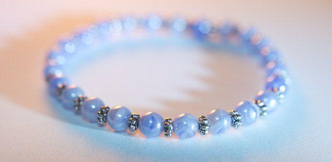 'Rivers of Avalon' - blue pearl bracelet  5mm sky blue pearl bracelet.  http://www.meska.hu/ProductView/index/1116662