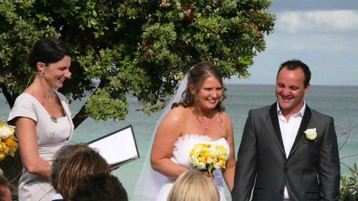 Marriage Celebrant Mebourne | Meriki Comito http://www.simplycelebrant.com.au/