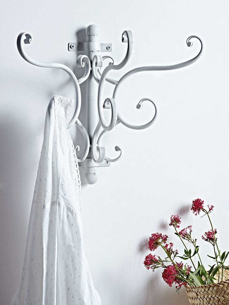 Antique White Elegant Coat Hooks