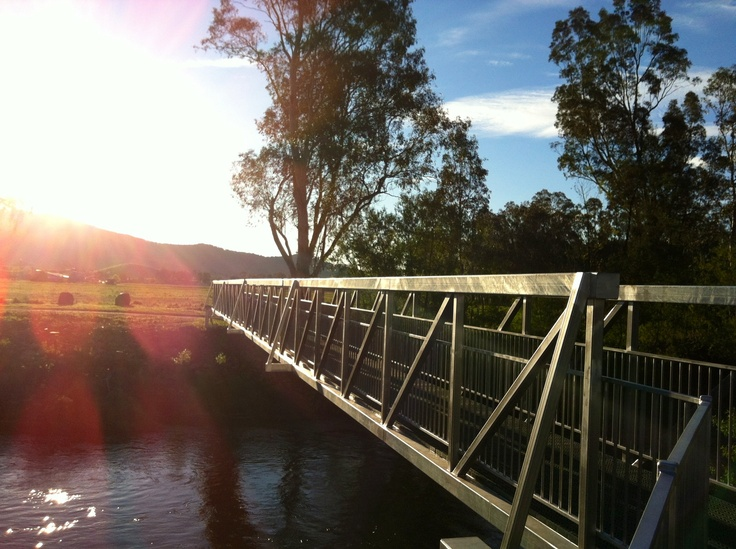 New river loop walking trail between Apex Park and Rotary Park, #Myrtleford