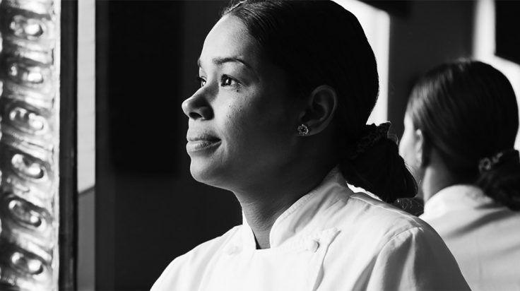 Entrevista a la chef María Marte  http://stylelovely.com/lovely-the-mag/maria-marte-chef/