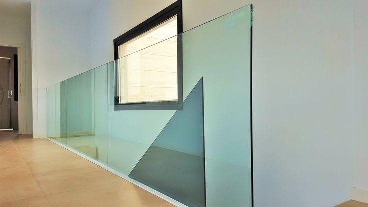 barandilla de cristal en una de nuestras casas en madrid acerormigon qcasa madrid