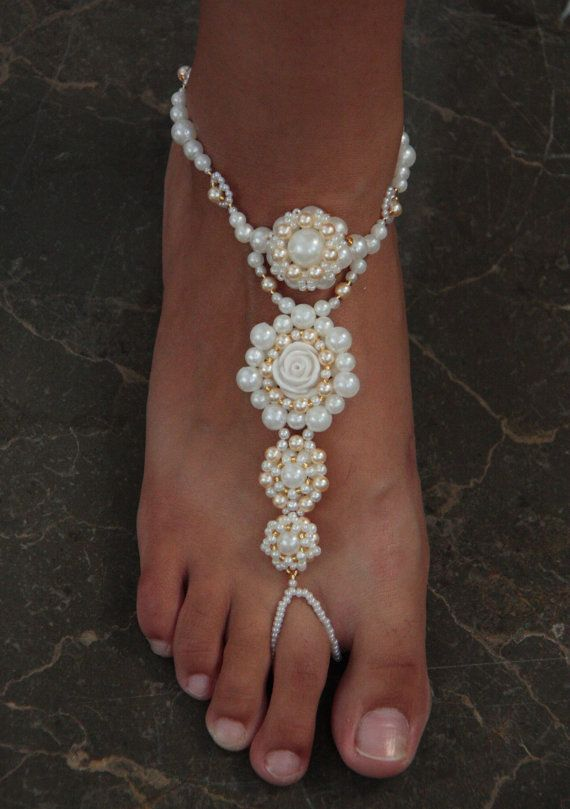 Bridal beaded barefoot sandals, Wedding anklet pearls and rose, Wedding foot jewelry, Beach wedding barefoot sandals,