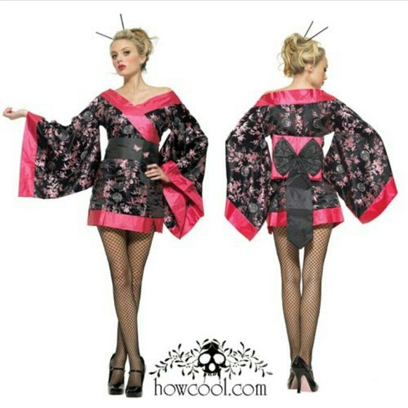 Geisha halloween costume leg avenue Geisha leg avenue costume size large. There is a small mark on the back of the waist pillow. It wont be seen when worn because its on the side that faces the back of the body. Super cute. leg avenue Dresses