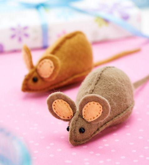 Copyright Free Cute Mouse Template - Free Card Making Downloads | Stitching | Digital Craft – Crafts Beautiful Magazine