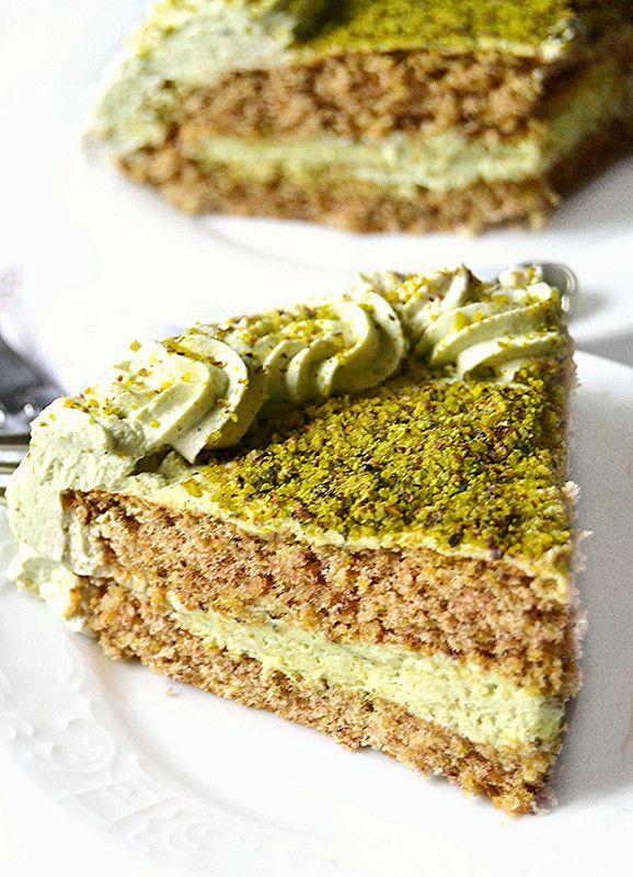 Pistachio Cake with Mascarpone Cream and Rum Syrup | Dolci a go go