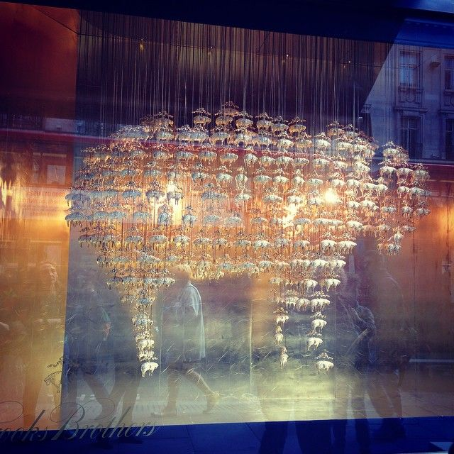 #architecturalinstallation at @brooksbrothers on Regent Street by @RIBA #ribawindows @squirepartners  - @theklitzmann
