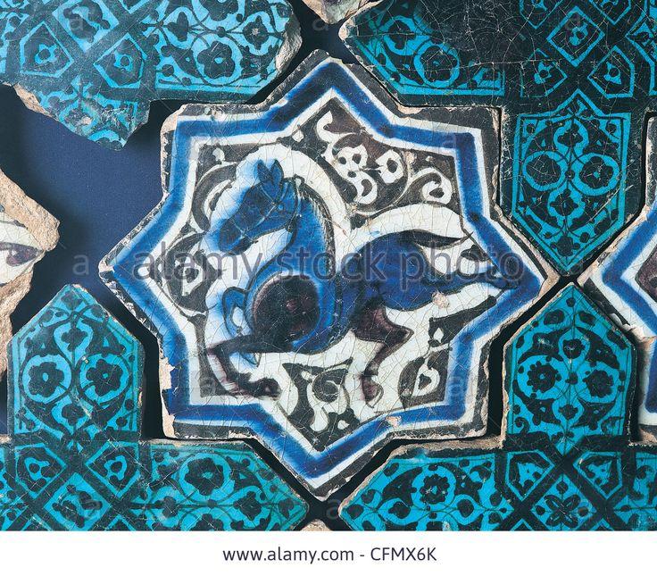seljuk-tile-horse-figure-ad-1236-kubadabad-palace-konya-karatay-madrasah-CFMX6K.jpg (1300×1140)