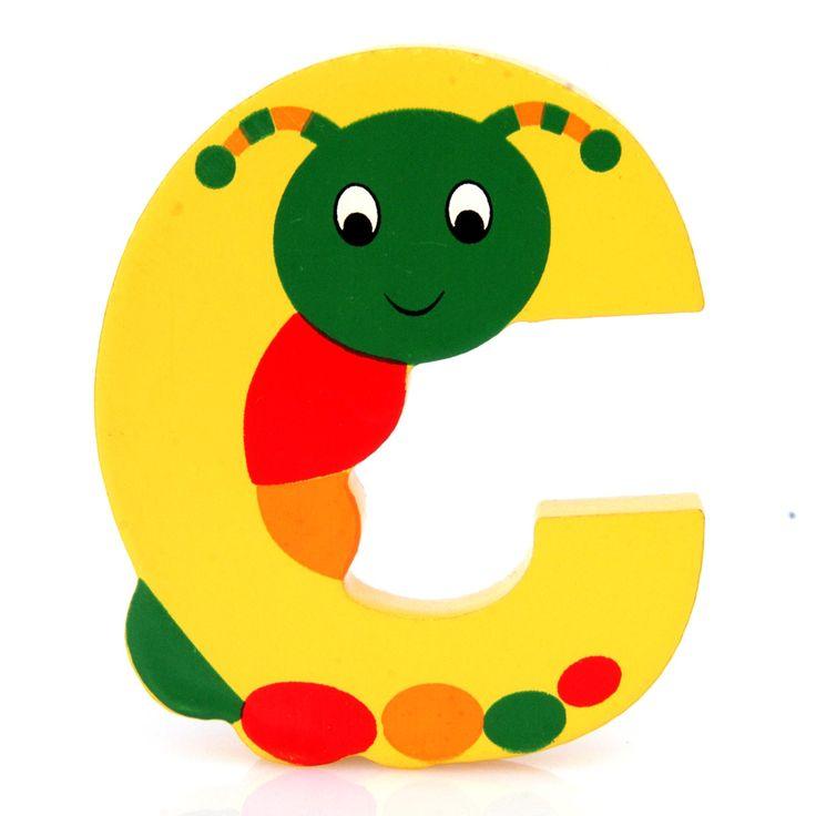 Simpatica lettera C in Legno con l'aspetto di un Bruco, per decorare e rendere più bella la cameretta componendo nomi, frasi. Sono disponibili tutte le lettere dell'alfabeto  Può essere appoggiata su una mensola oppure si puo' fissare con colla o biadesivo o possono anche essere utilizzate per giocare.  Dimensioni cm 7 x 6 x 1  Materiale: Legno.   I colori possono cambiare in base alle disponibilita'