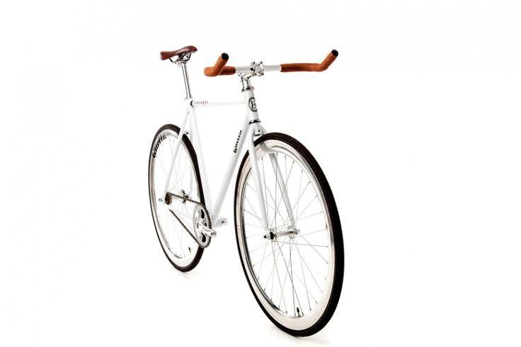 Quella Varsity Collection Pembroke 2.0 Fixie Bike