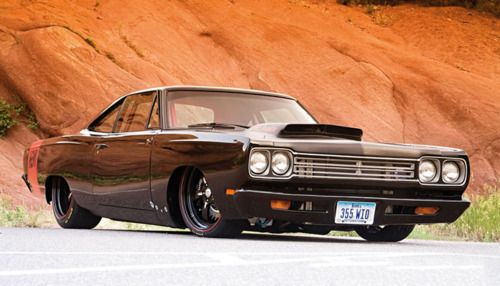 Plymouth Road Runner........once again another car with an amazing stance.
