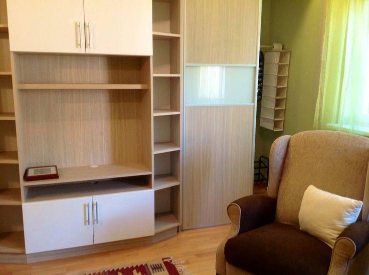 Armchair + wardrobe of bedroom 1.
