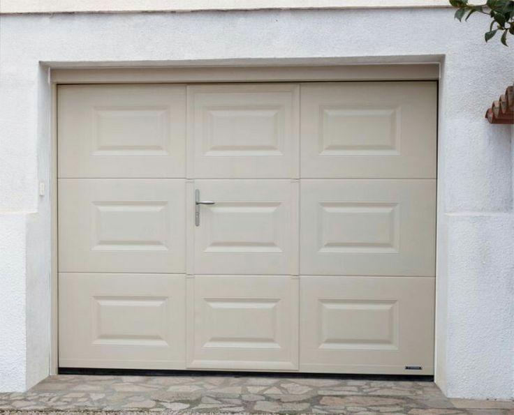 porte de garage sectionnelle avec portillon la toulousaine j ma porte de garage pinterest. Black Bedroom Furniture Sets. Home Design Ideas