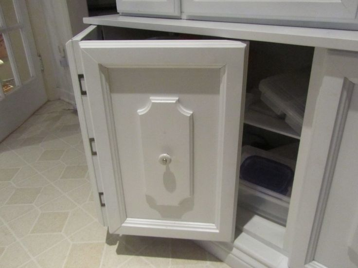 Magnetic Outdoor Cabinet Door Hinges From Stainless Steel Sheet With Flush  Mount Type On Knotty Alder