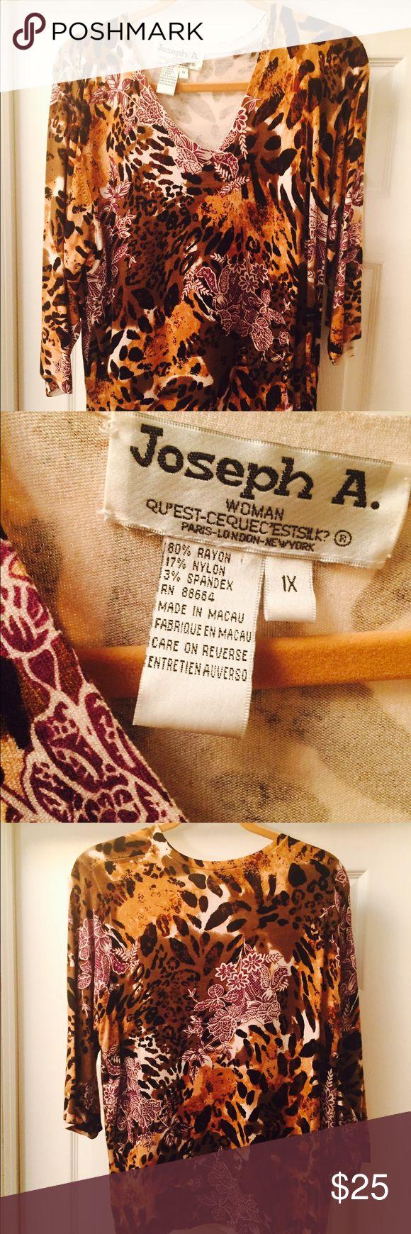 Pretty colorful women's animal print v-neck shirt REDUCED!!  Pretty and colorful animal print v-neck long sleeve shirt. Size 1x, rayon/nylon/spandex Joseph A Tops Tees - Long Sleeve