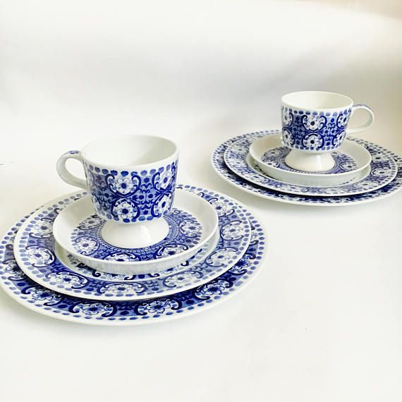 Arabia Finland ceramic coffee cup with saucer desert plate