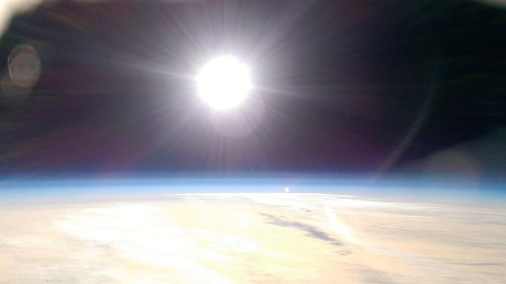Filming in the stratosphere with a HTC mobile phone + fireworks at 20,000ft