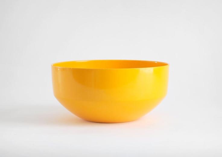 Mid Century Danish Bowl - Rosti, Denmark, Soren Anderson, Melamine. $18.00, via Etsy.