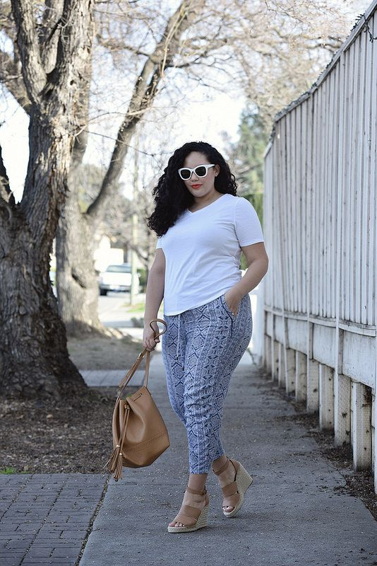 How To Wear Print Pants Via @GirlWithCurves #ootd #style #gwcstyle