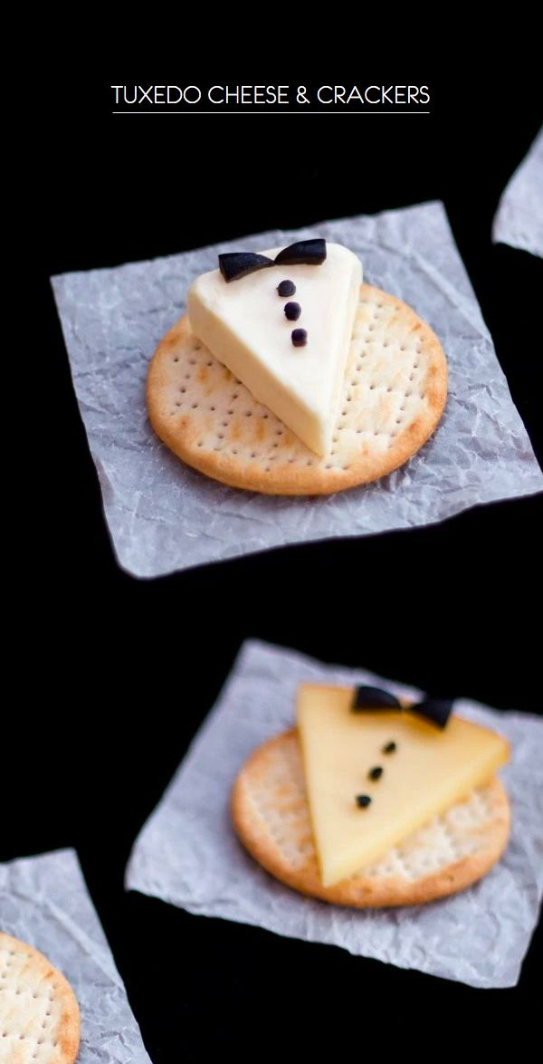 These adorable Tuxedo Cheese and Cracker appetizers are sure to set the tone for a special evening. #Ad