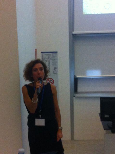 Valeria Vitali racconta di #Retedeldono al Salone della CSR e dell'innovazione sociale durante il convegno sul Crowdfunding #CSRIS13 #crowdfundingCSR