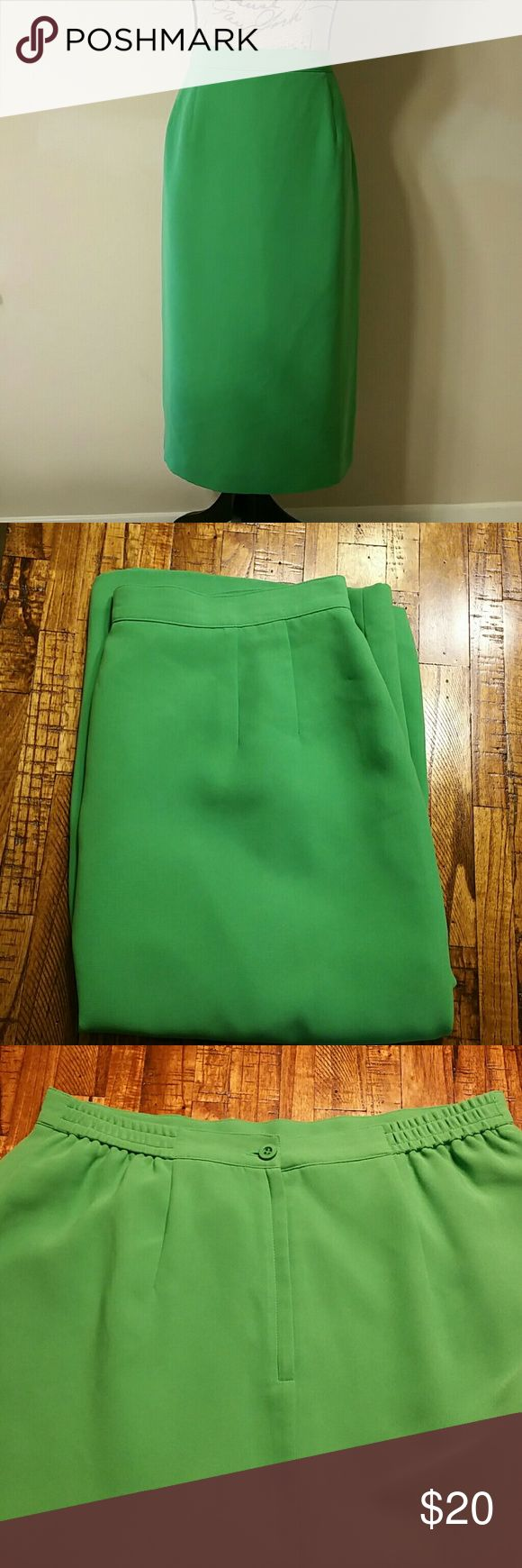 "{Joan Leslie} Green Midi Pencil Skirt Cute skirt perfect for Spring. Size is 14 (Vintage Size) but it fits more like a 12. Measurements: Waist: 16.5"" stretched, Length: 28.5"" Joan Leslie Skirts Midi"