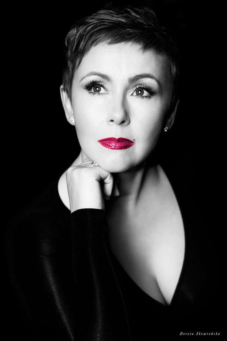 Katarzyna Sikora Kaśka - zdjęcie Dorota Skowrońska #KatarzynaSikora #KaśkaSikora #Sikora #fotograf #Zdjęciaportretowe #portret #FotografWarszawa