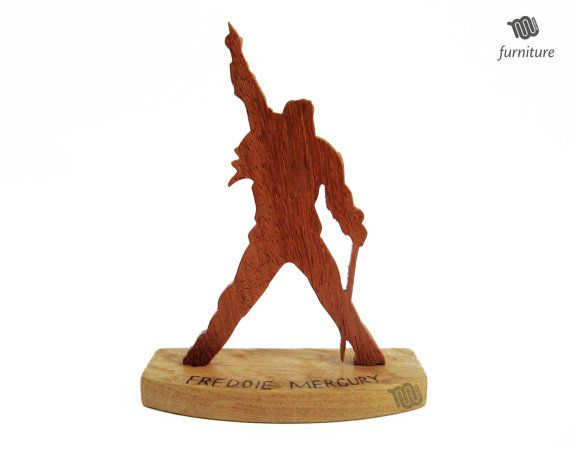 Freddie Mercury - tribute wooden statue